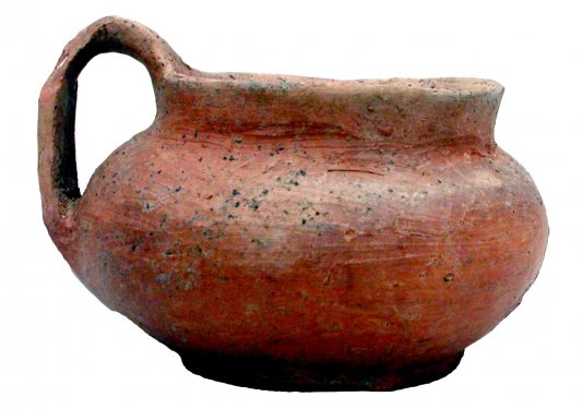 Dipper cup in 'impasto rosso', found  on Timpone della Motta, Late Geometric, 2nd half  8th c. BC
